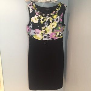 Tahari sheath dress with patterned top, size 10